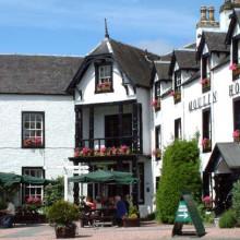 Moulin-Hotel-Courtyard